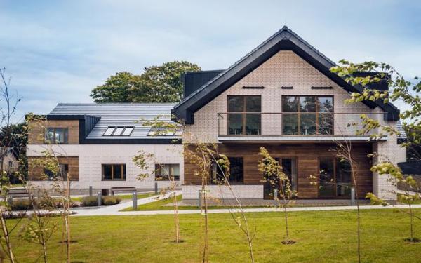 Elewacja z klinkieru - sposób na ładny dom